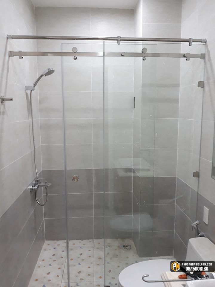 Phòng tắm kính cho không gian nhỏ hẹp